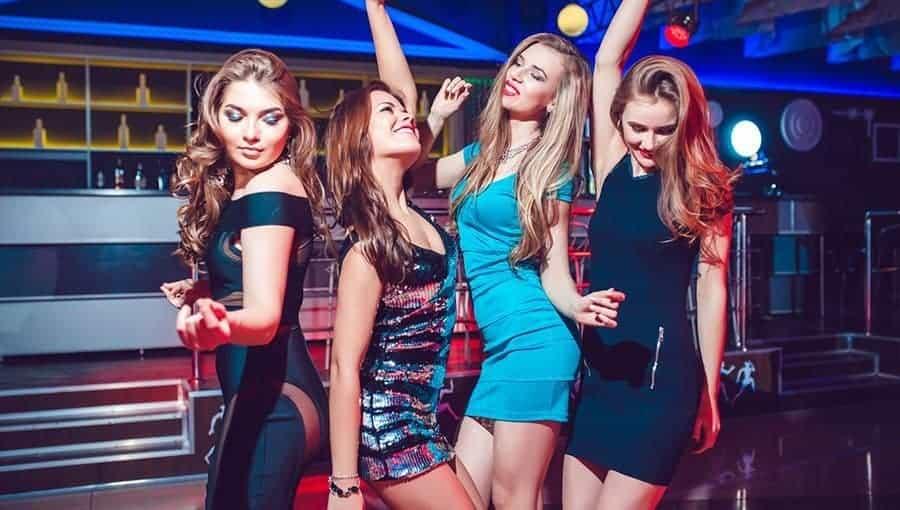 прохождение девушек на вечеринках - 7