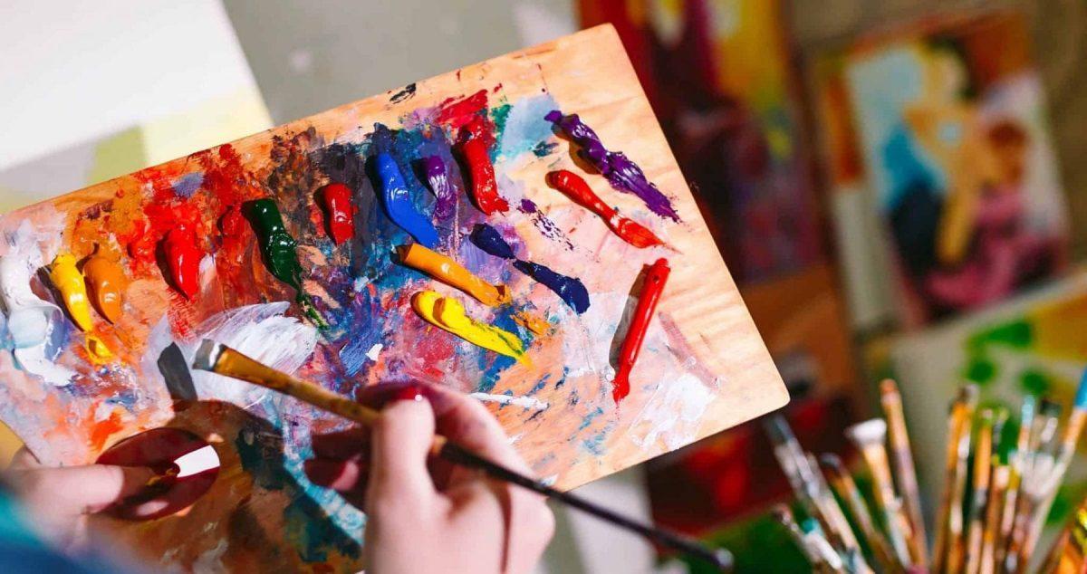 Learn Painting by Award-winning Artist in Ras Al Khaimah