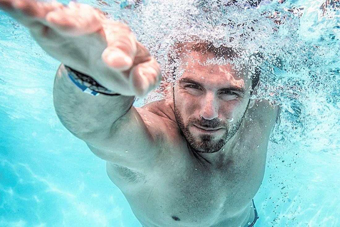 Learn to swim at The Bin Majid Acacia Hotel