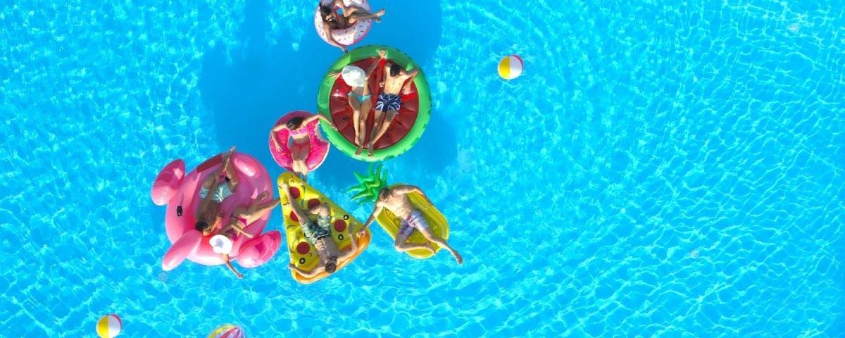 Sundowner Pool Party