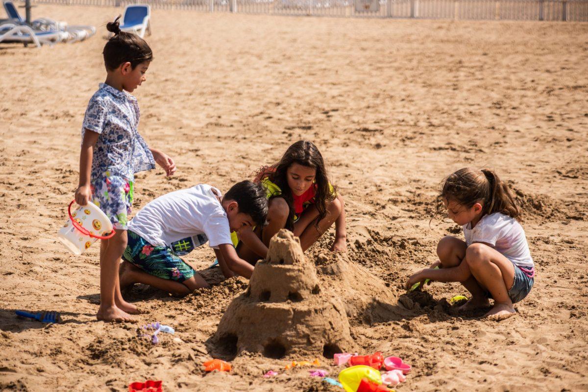BM beach Resort Summer Camp